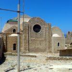 Стена со стороны алтаря. Церковь Святых Апостолов Петра и Павла
