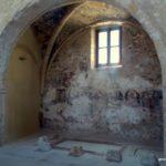 Своды и окно. Церковь Святых Апостолов Петра и Павла