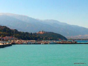 Вид на замок Платамонас