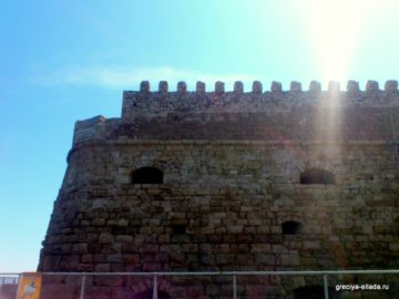 Боковая стена крепости Кулес