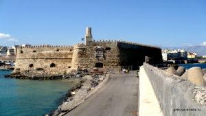 Вид с моря на Крепость Кулес