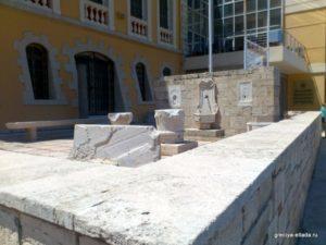 Здание исторического музея в Ираклионе