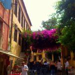 Таверна в цветах