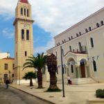 Вид на Кафедральный собор справа