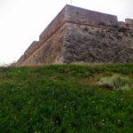 Флаг Греции на углу крепости Фортецца