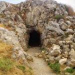 Пещерный вход в крепости Фортецца