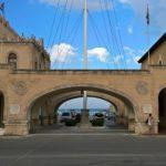 Родос, Дом Правительства, арки