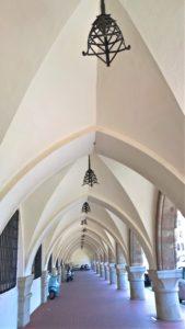 Родос, Дом Правительства, арочная галерея