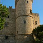 Одна из башень Дворца Великих Магистров в Родосе