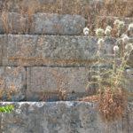 Кладка одной из стен античного акрополя Родоса