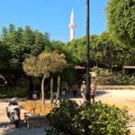 Минарет мечети Ибрагима-паши в Родосе издалека