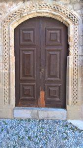 Дверь Храма Святого Николая