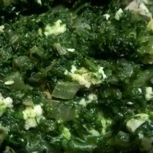 Шпинат с зеленью и фетой