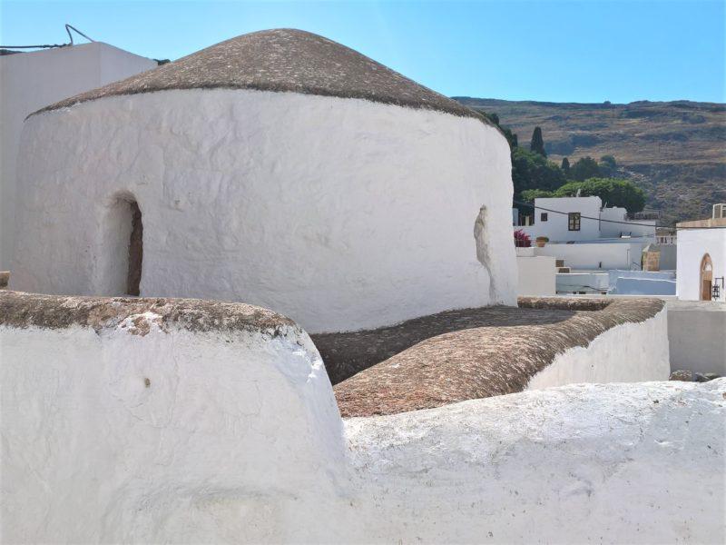 Линдос, Храм Святого Георгия Хостос