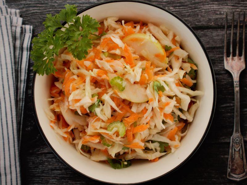 Фото салата: капуста с морковью
