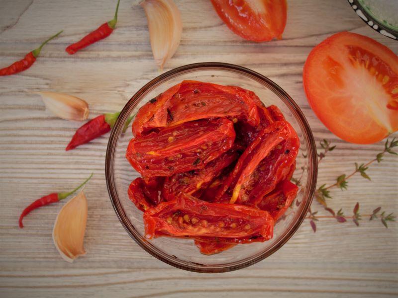 Вяленые помидоры - фото